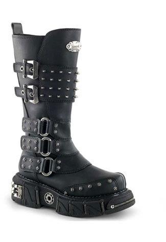 DMA-3004 Spiked Platform Boots